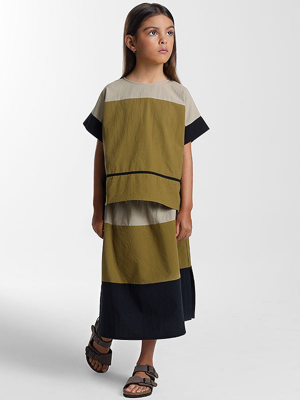 female kid lookbook studio